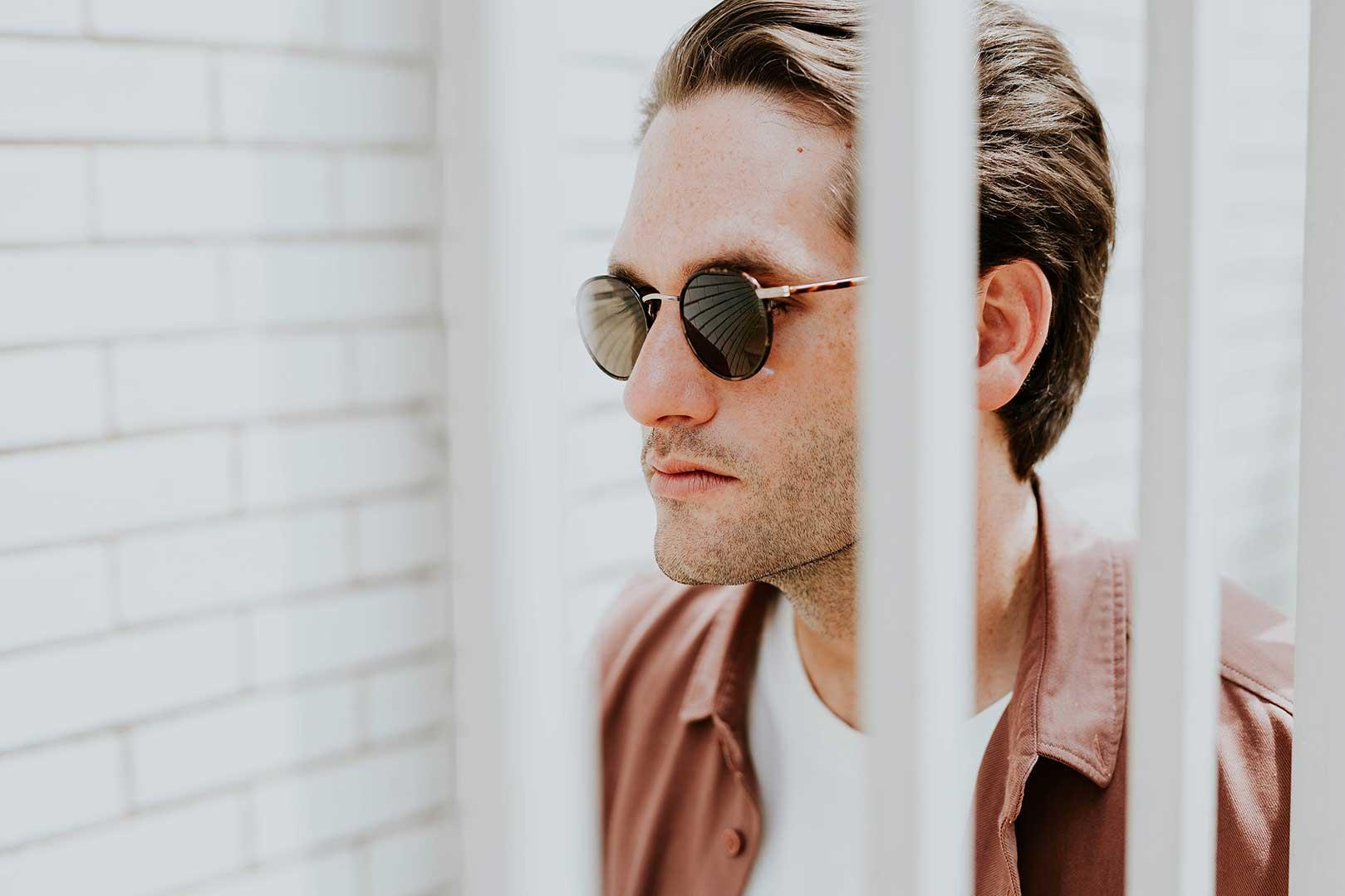 occhiali da sole e vista insieme