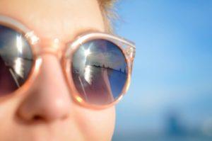togliere graffi occhiali da sole