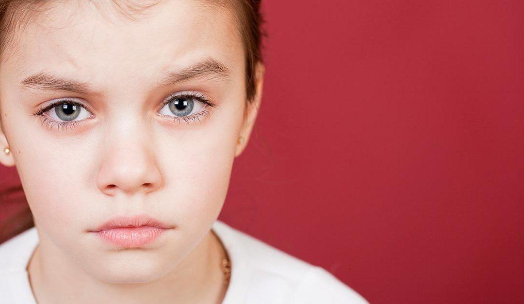 Occhi rossi bambini: ecco cosa sapere prima di iniziare la scuola