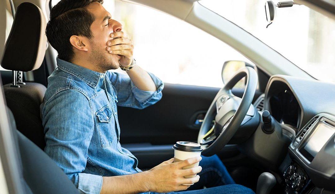 Sonnolenza alla guida: Un forte avviso per la tua sicurezza