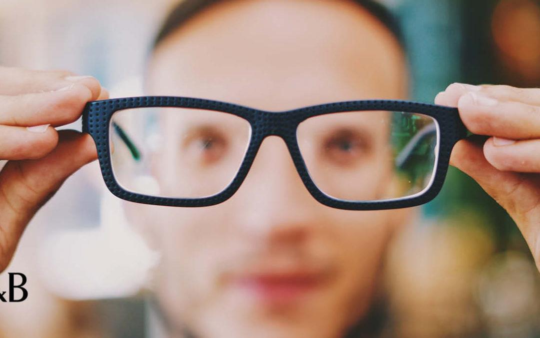 Si può bloccare la miopia progressiva?