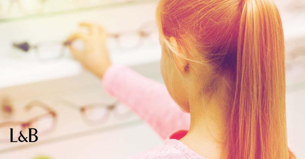 rischi miopia elevata da bambini